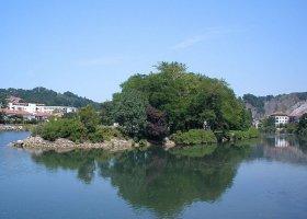 Isla de los Faisanes sobre el río Bisasoa