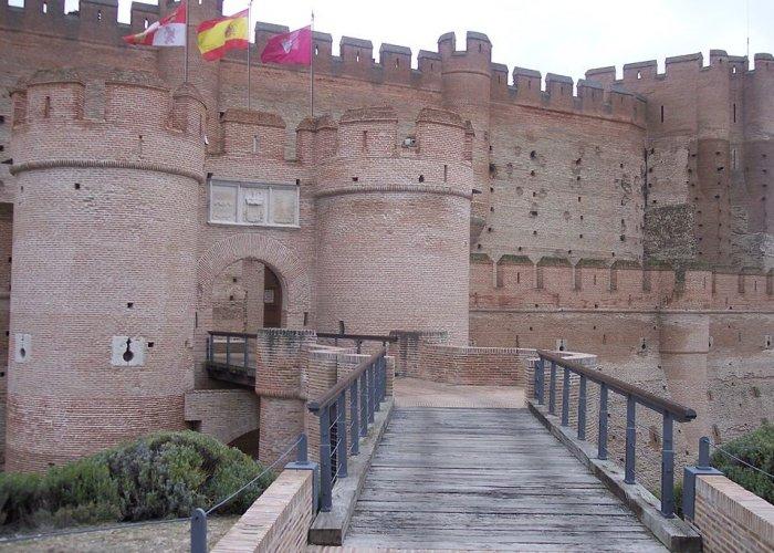 Замок La Mota